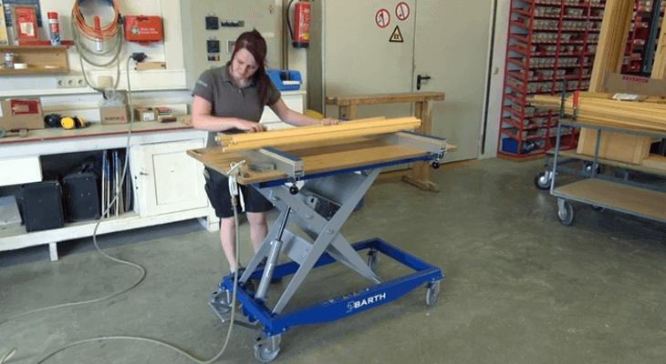 Hubtisch: Schleifarbeiten am ergonomischen Hubtisch von BARTH